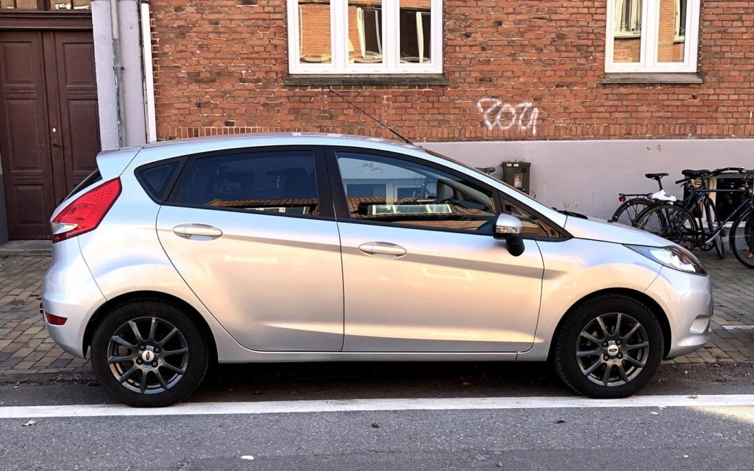Ford Fiesta fra 2011 til 45.000 kr., som var indenfor vores månedslønsregel