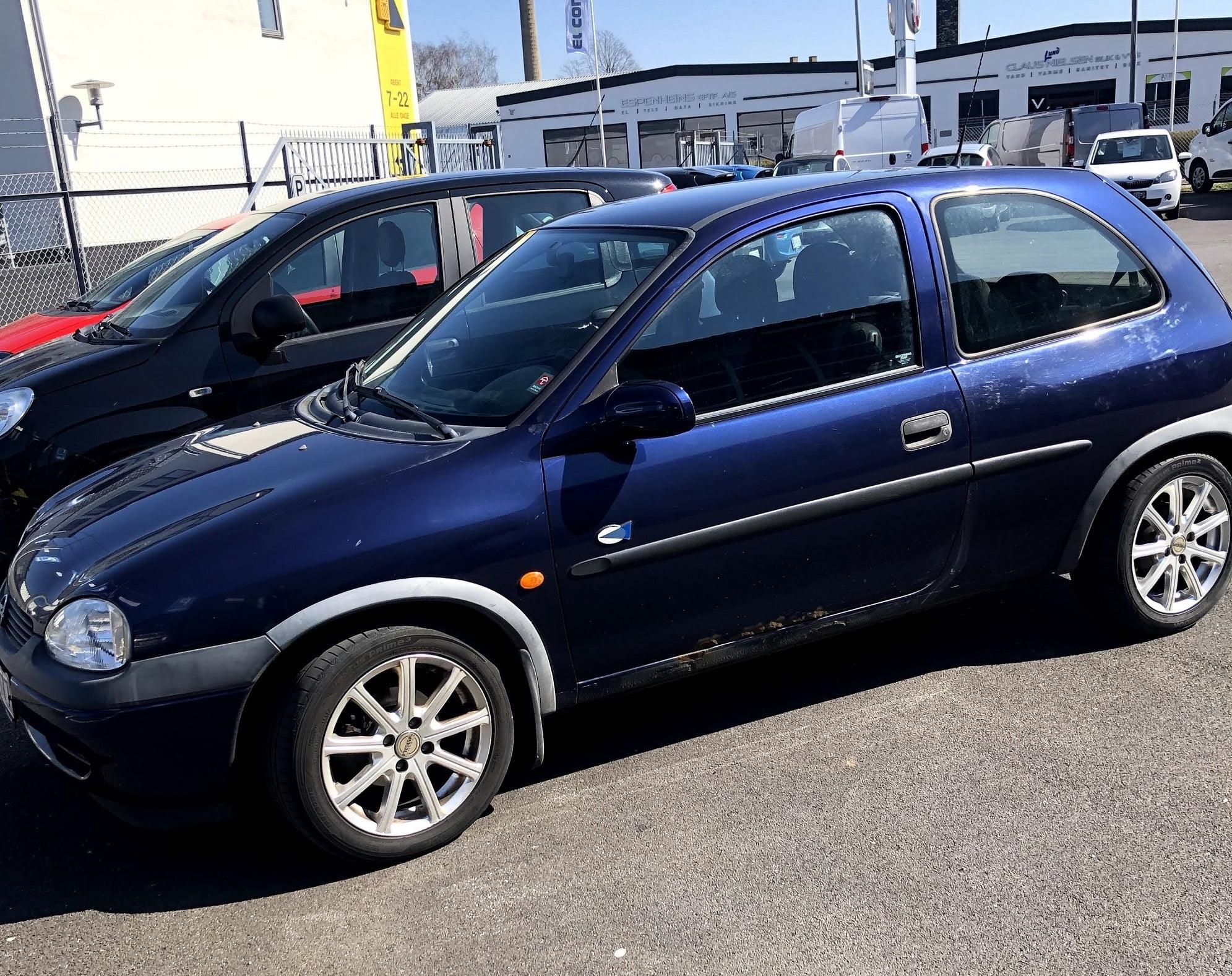 Lines første bil: Opel Corsa fra 2000